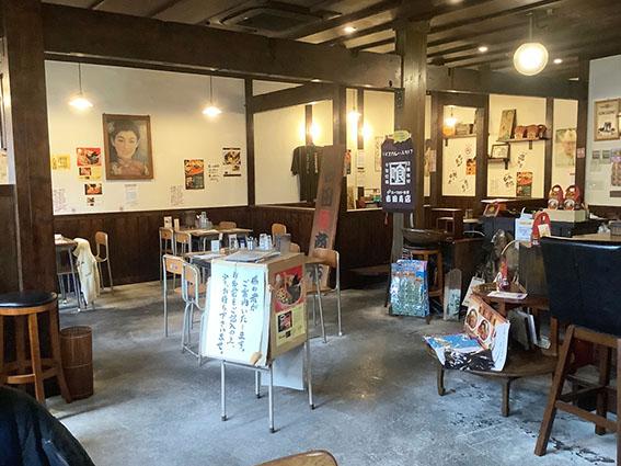 吉田商店の店内写真