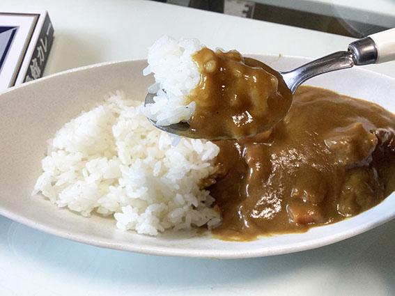函館カレーのアップ写真