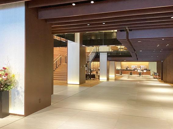 函館国際ホテルのフロント付近写真