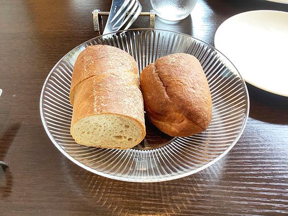 ビストロハクのパンの写真