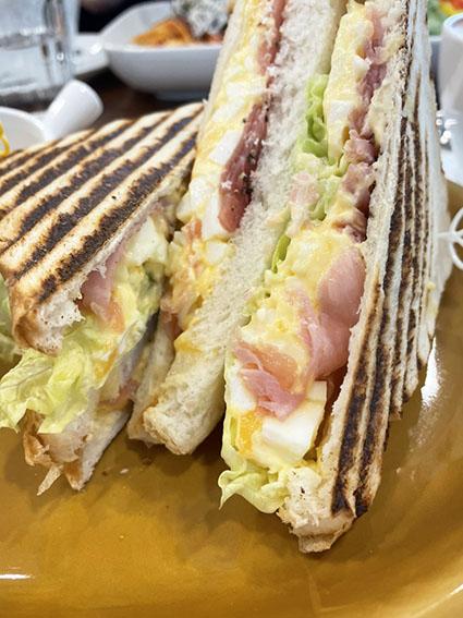 サンドウィッチの断面写真