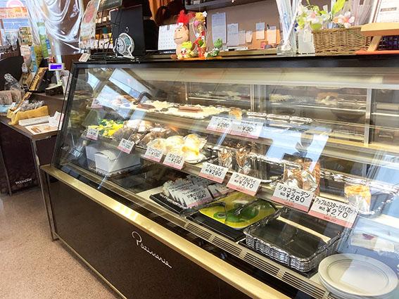 函館美鈴大門店のケーキコーナーの写真