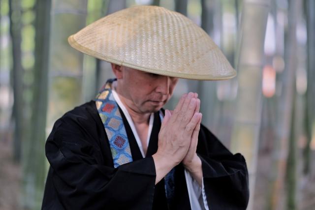 十三湖で病に倒れた僧侶