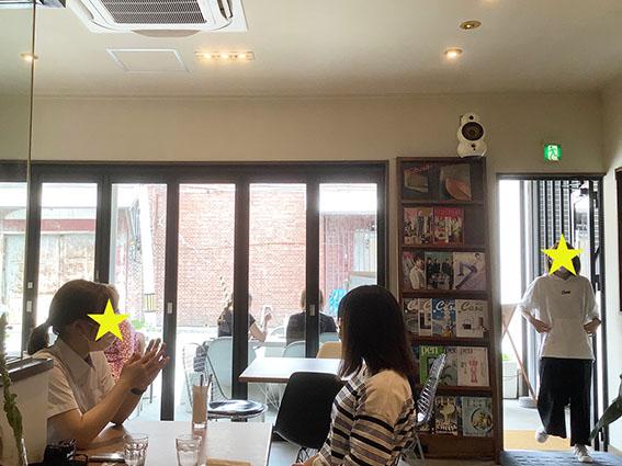 カフェツツ店内写真