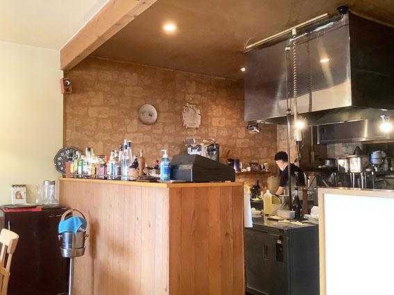 ピアッティオープンキッチンの写真