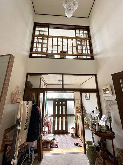 楽膳美和邸の玄関写真
